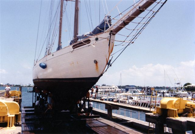 Alden schooner Constellation