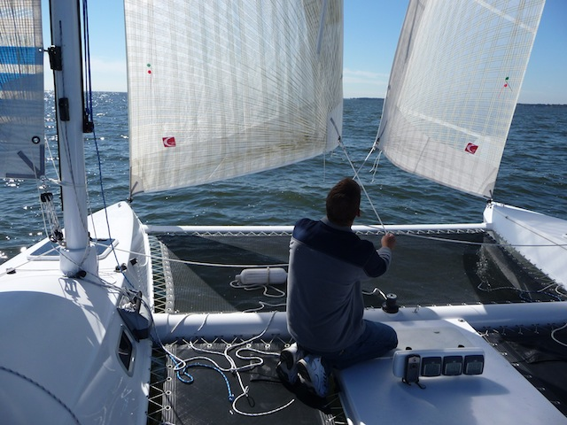 Sailing the Radical Bay 8000