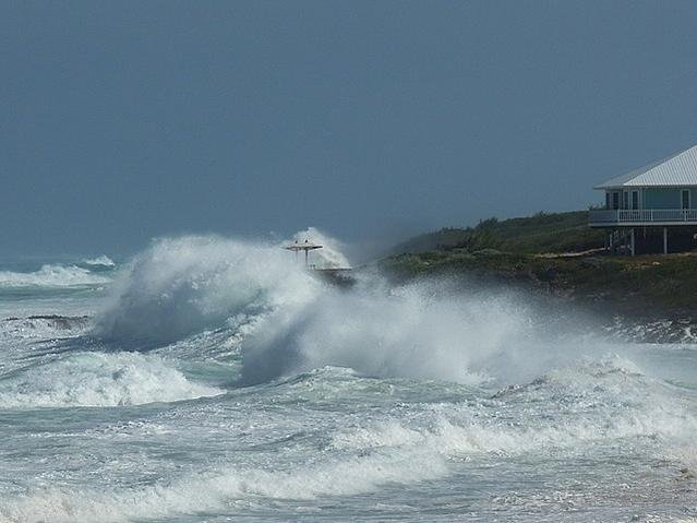 Heavy swell in the Abacos, Bahamas