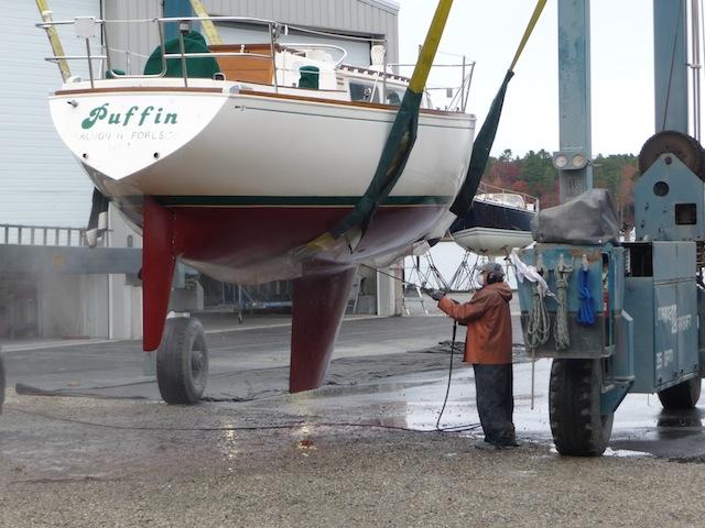 Pressure washing a hull