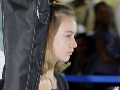 Laura Dekker deported from St. Maarten
