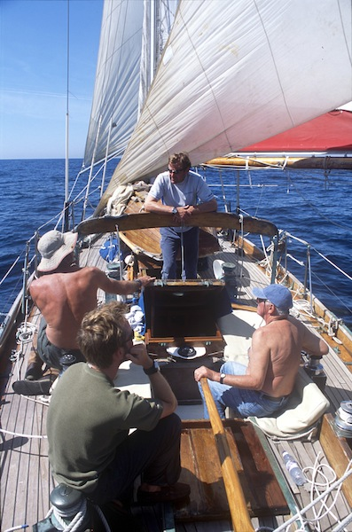 Crew aboard Iolaire