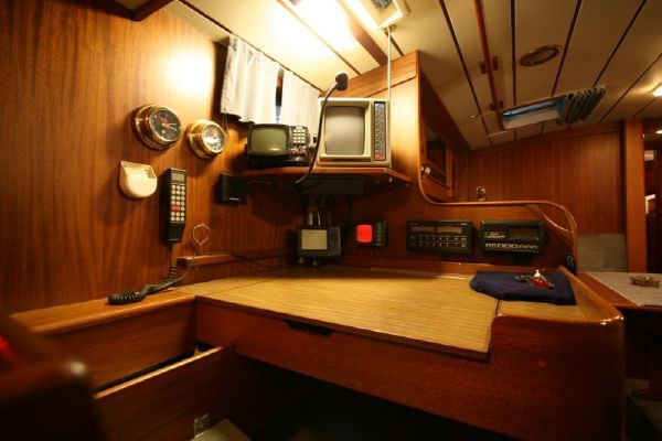 HR42E interior