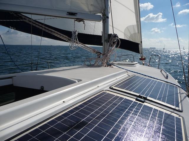Zen 24 under sail