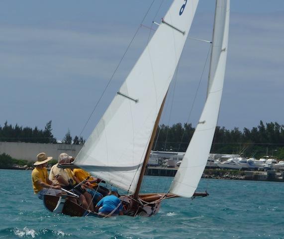 Bermuda dinghy upwind