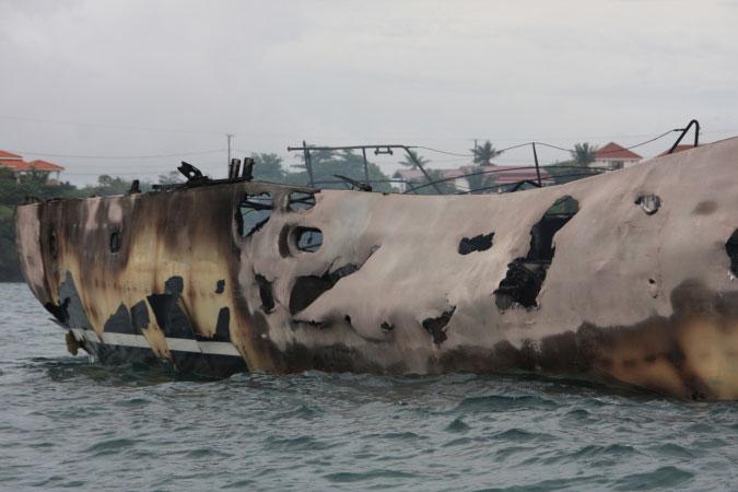 Burned yacht 3