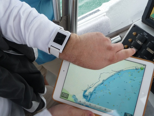 Pebble watch and iPad