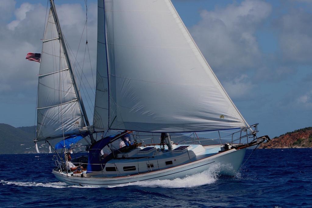 Allied Seawind sailing