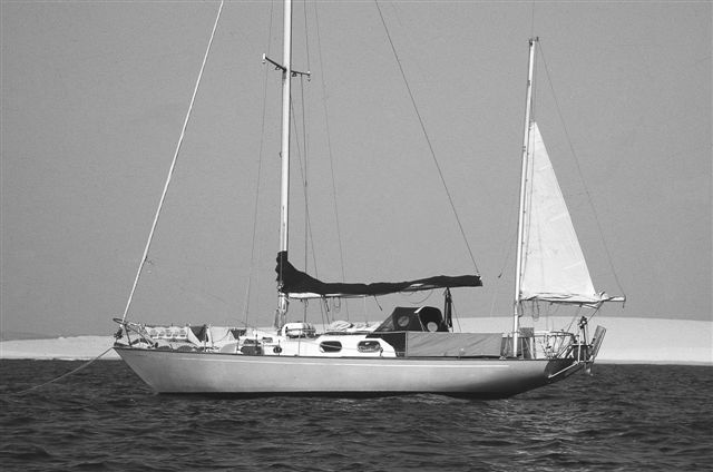 CRUISING SAILBOAT RIGS: Ketches, Yawls, and Schooners - Wave Train
