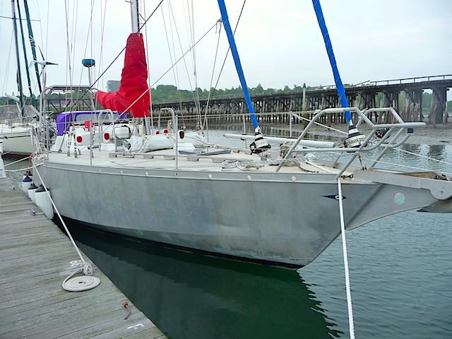 Lunacy on dock