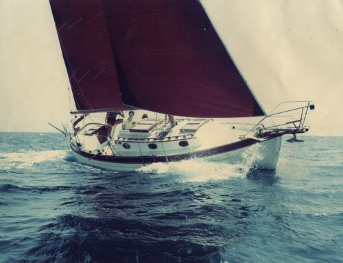 Nor'Sea 27 under sail