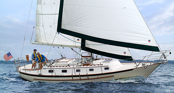 Pacific Seacraft 37 undersail