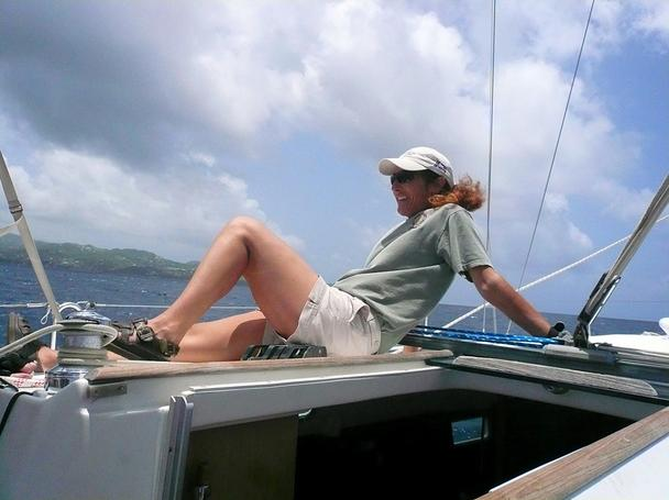 Laura Zekoll sailing