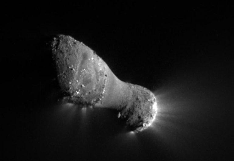 The comet Hartley 2