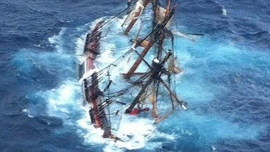 HMS Bounty sinking