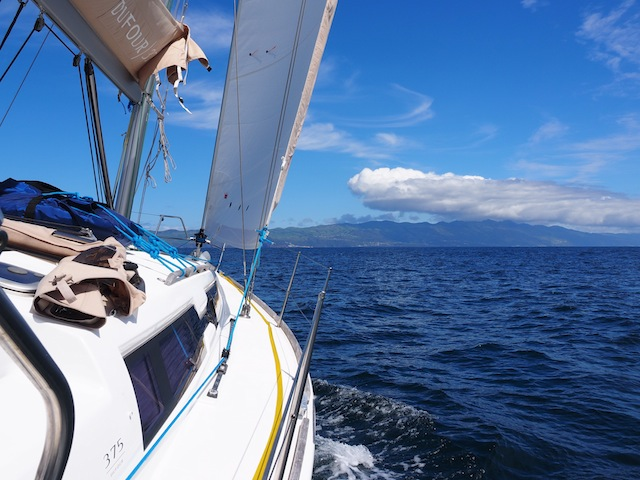 Sailing to Sao Jorge