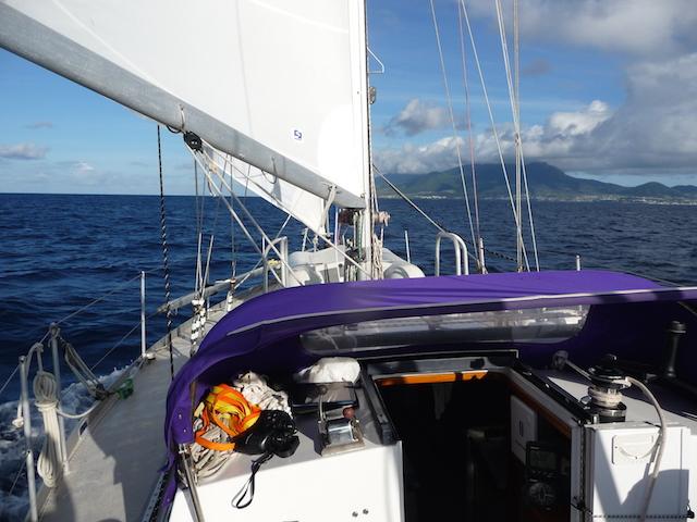Kitts cruise under sail
