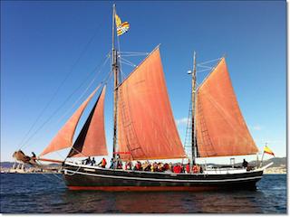 Johanne under sail